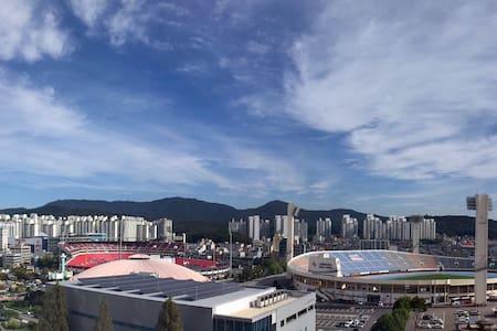 Stunning View House in Suwon - 수원시