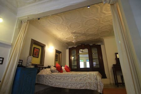 Suite with terrace,  French Haveli  - Inap sarapan