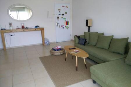 A lovely Duplex  , 6 rm. sleeps 4 - Lakás
