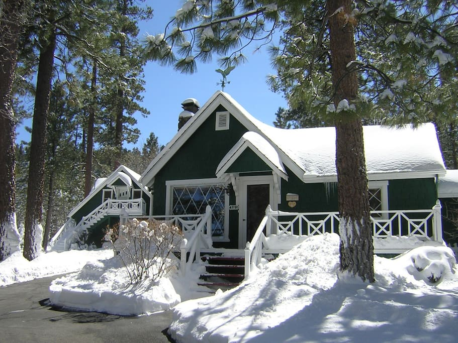 Romantic guest house no cleaning fee cabins for rent for Romantic big bear cabins