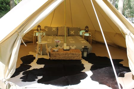 Glamping - 5 Metre Bell Tent - Tipi