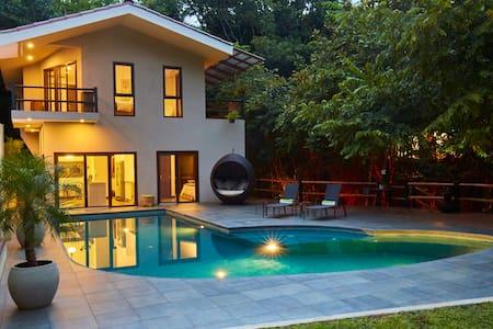 Casa del Agua @Pueblo Verde - Punta Islita - Haus