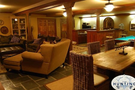 8,500 sq ft Lodge on 1250 acres! - Willow Springs - Maison