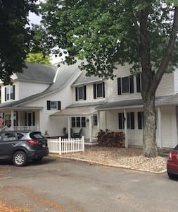 Easthampton Retreat - Easthampton - Guesthouse