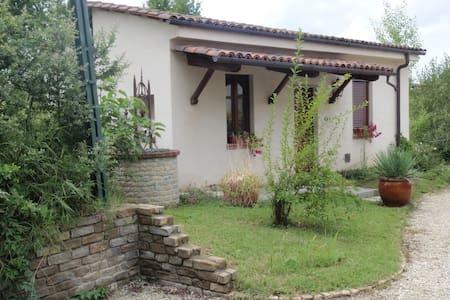 Appartamento tra le Langhe ed il Monferrato - Castagnole delle Lanze - Hus