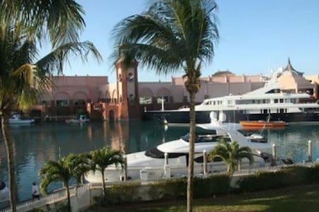 Club Land'or 1 bedroom - Nassau - Wohnung
