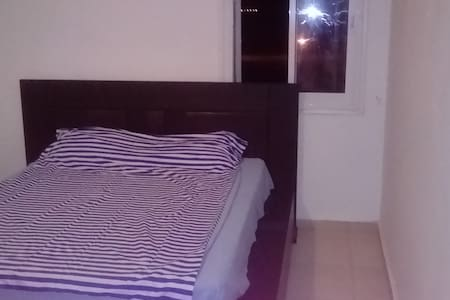 room with sea view - Kiryat Yam - Leilighet