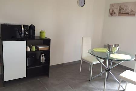 Meublé de tourisme 3 étoiles - Cransac - Apartment