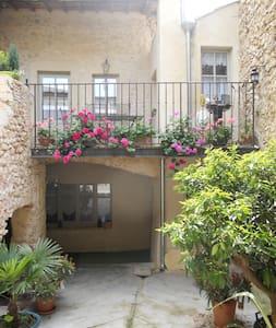 La Maison Jules Goux, classé trois étoiles - Townhouse