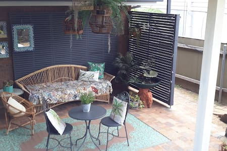Charming Garden Retreat - Kiama Downs