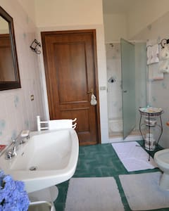 B&B in villa con piscina - Biella - Apartment