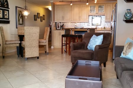 Royal Hawaii Beachfront Luxury 314 - Appartamento