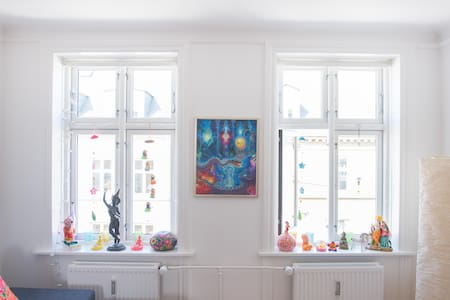 Lovely Vesterbro apartment perfect for couples - København - Apartment