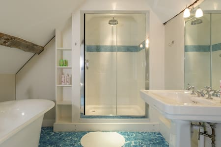 Brooklyn House B&B Ensuite Double Room - East Meon - Bed & Breakfast