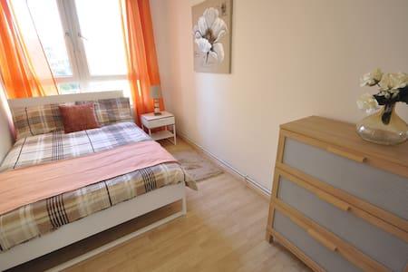(NWL-2) Nice double room in Old Street - Huoneisto