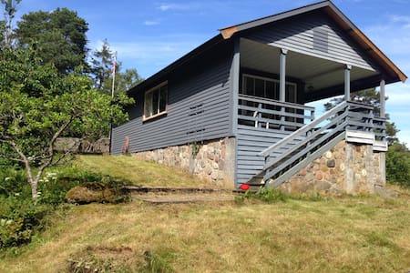 Hytte ved sjøen, Østre Nes - Casa de campo
