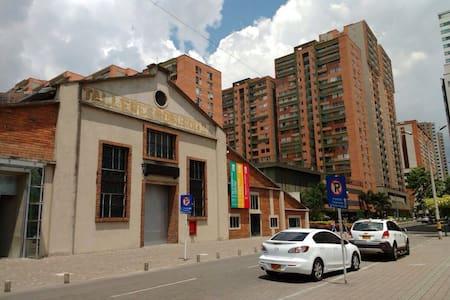 Prívate room in Medellin - Appartamento