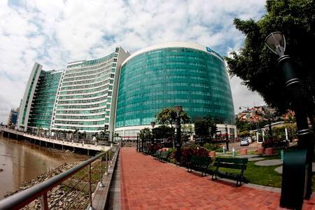 RIVERFRONT I, PUERTO SANTA ANA - Guayaquil - Apartament