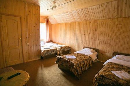 """Уютный пятиместный номер отель""""Белые ночи"""" - Cherkessk"""