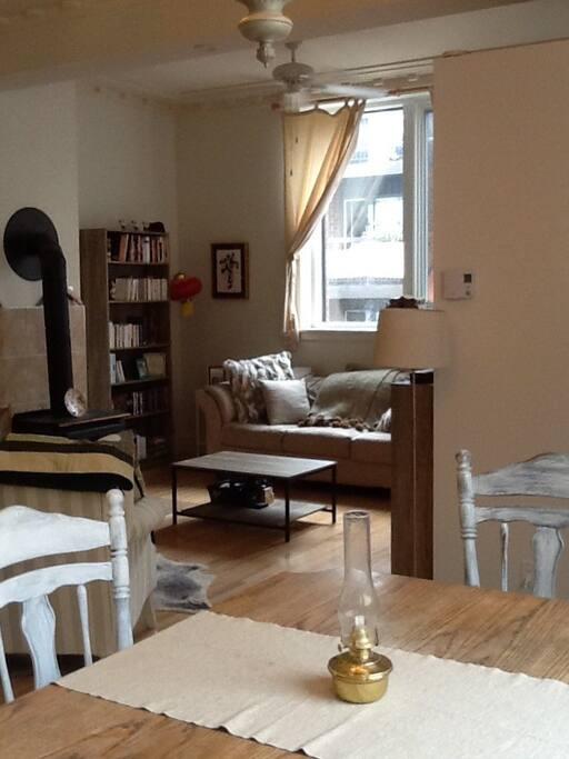 Living room seen from dinning room
