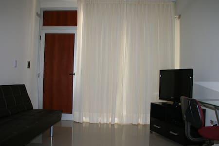 1 bedroom apt in Campana - Apartemen