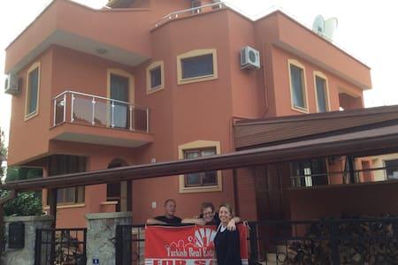 marmariste müstakil fourplex villa - Marmaris