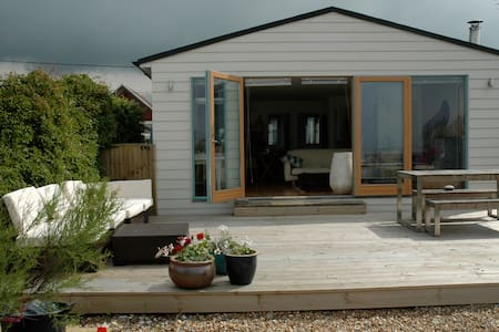 Seasalter Beach Chalet. - Seasalter, Whitstable - Bungalow