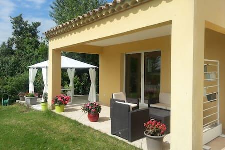 Votre studio en Provence - House
