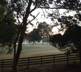 Full private basement for Fall, Holidays,Football - Knoxville - Egyéb