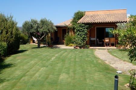 Villa del Sole - Chia - Villa