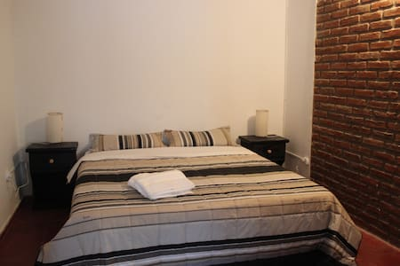 Hostel Foster - Hab. Privada