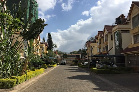 Spacious House in Kileleshwa, accommodate max 8ppl - Nairobi