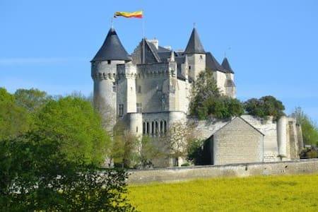 Chambre Geoffroy du Bec, Usseau - Usseau - Slott