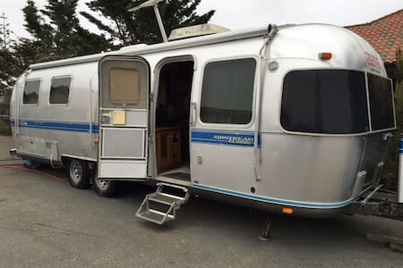 29-foot Airstream Trailer in Los Osos - Lakókocsi/lakóautó
