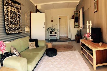 'Cabina de Vista' Bed and Breakfast - Limpinwood - Bed & Breakfast