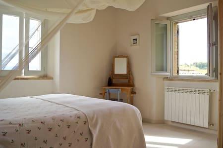 Landhuis La Giravolta - Luxe Appartement TRE - Barchi - Wohnung