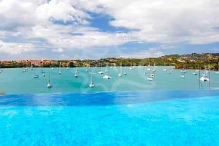 Blue Point Beach Villa-for 12 guest - Lance aux Epines - Villa