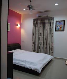 Happy Homestay - Family Room 2 (2 bed room) - Chukai