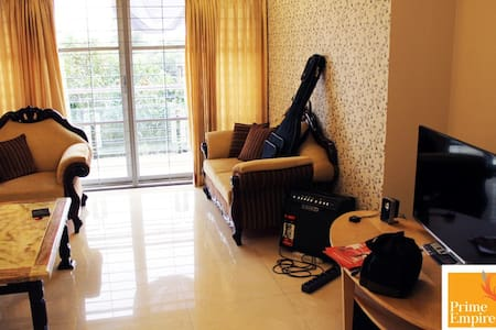 Furnished 3 Bedrooms Apartment