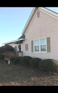 Cozy Country Charm on the Farm! - Watkinsville - Rumah