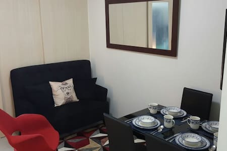 Cozy 1BR Unit at Jazz Residences, Bel-Air Makati - Condomínio