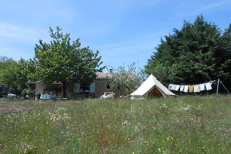 Notre tente saharienne pour votre zen'itude - Chalencon