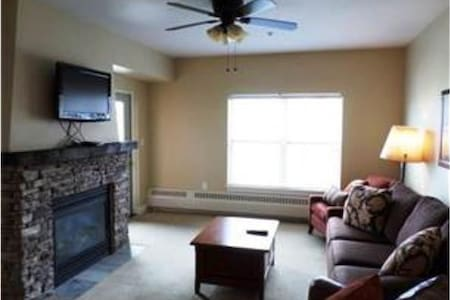 Base Camp One - 1BR Condo #214 - Granby - Apartamento