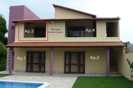 1 Apt. de 4 em linda casa Praia do Frances App.n.3 - Apartment