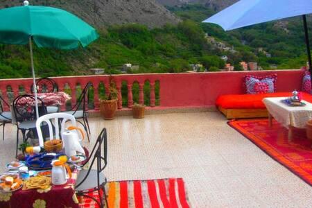 Chez les berberes - Imlil - Bed & Breakfast