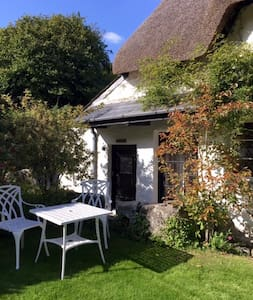 Hayloft hideaway in heart of Devon - Lower Combe