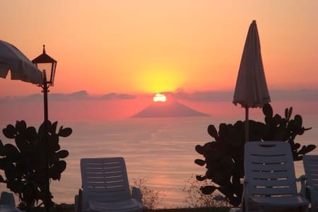 Super sea view, beaches and sunsets - Parghelia - Apartment