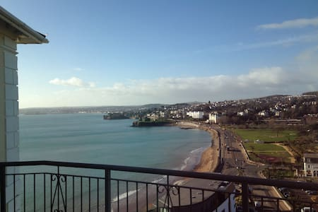 Luxurious Double, Stunning Sea View - Torquay - Appartamento