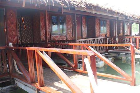 Antique Floating Restaurant - Chalupa