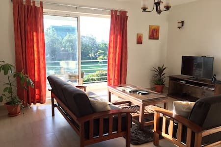 Brand New Aprtmnt. Central Location - Appartement
